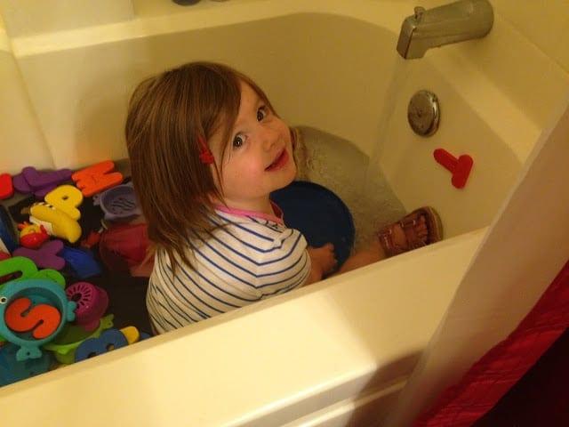 vanessa+in+tub
