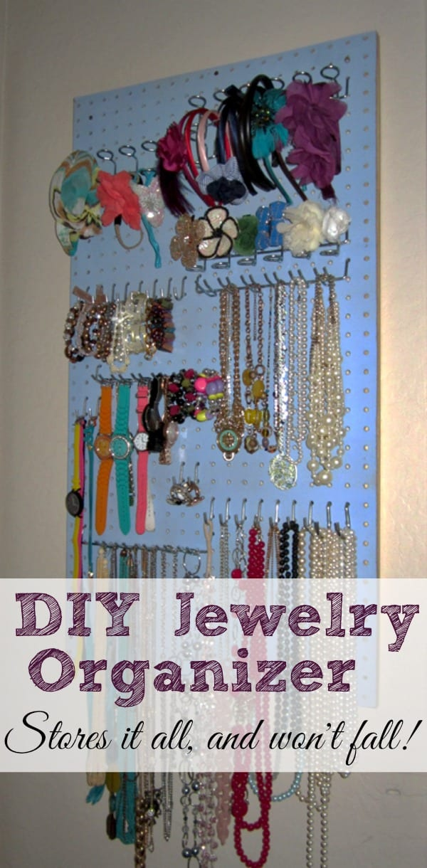 DIY Jewelry Organizer | Shaping Up To Be A Mom