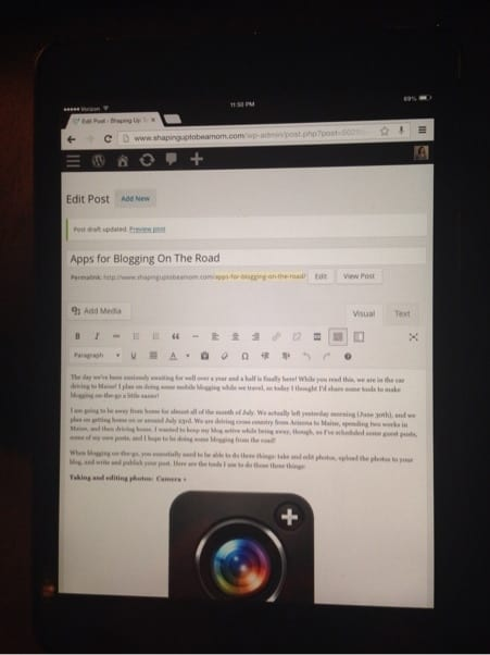 blogging-on-ipad.jpg