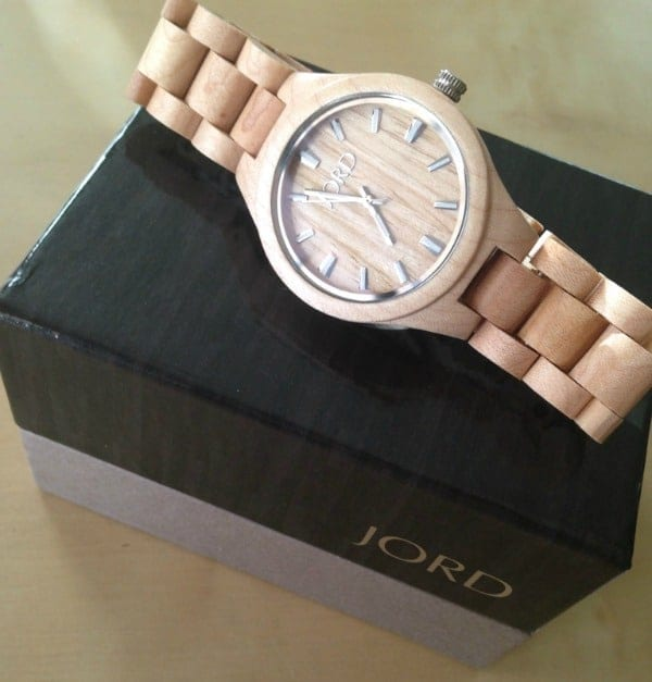 wood-watch-giveaway