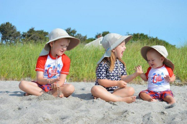 3-kids-on-beach