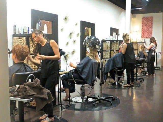 hair-salon-surprise