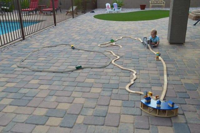 big-train-track