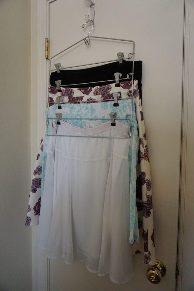 multi-skirt-hanger