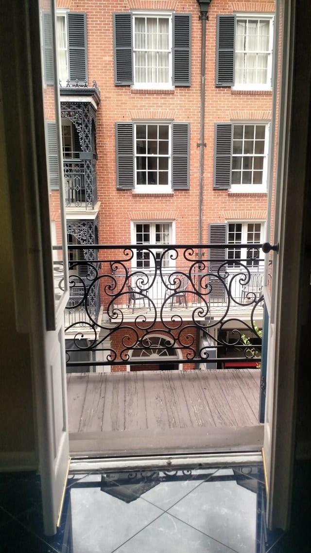 hotel-mazarin-balcony