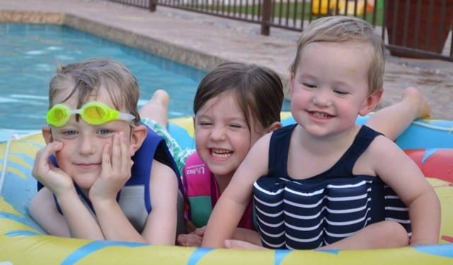 kids-in-the-pool