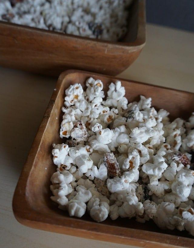 cherry-vanilla-popcorn-mix