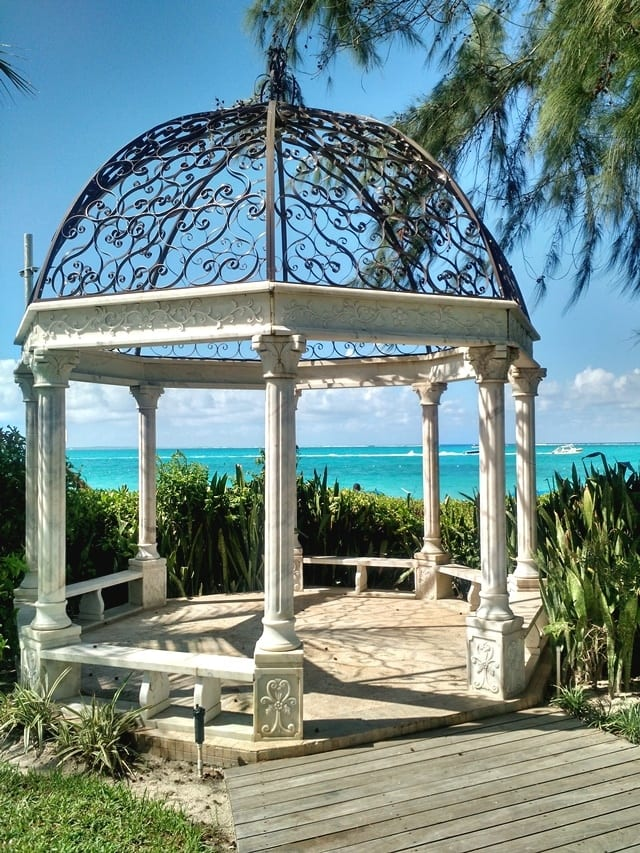 gazebo-at-beaches