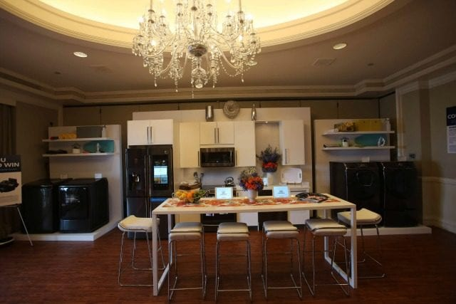 If you dream of having a smart house, your dreams are quickly becoming a possibility! Best Buy showed us the latest kitchen technology, and it's mind-blowing! #ad