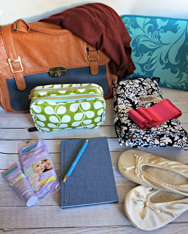 What to Pack in Mom's Hospital Bag